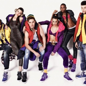 Фото UNITED COLORS OF BENETTON